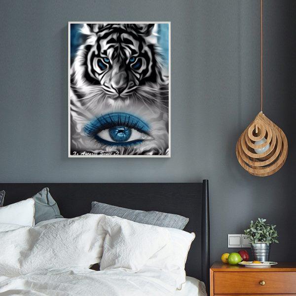 Variety Tiger And Blue Eyes Creativity